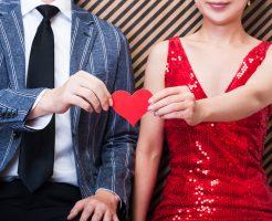 [電話占い活用法]社内不倫で苦しんだ恋愛体験。彼の本音を知る方法